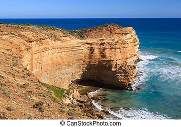 ort Campbell National Park - Towering cliffs at the Twelve...