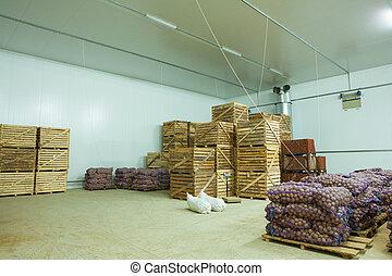 storage house potato