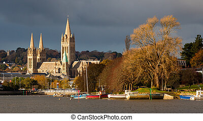 River and Truro Cathedral - View up river from Malpas to...