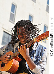 joven, macho, músico, juego, guitarra