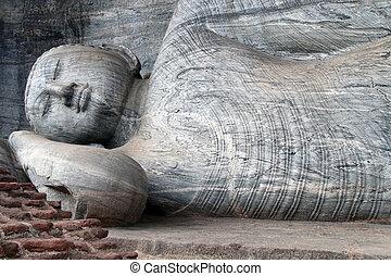 Sleeping Buddha - Big sleeping Buddha in Gal Vihara in...