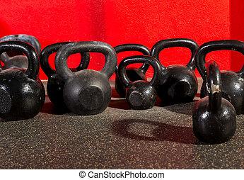 Kettlebells, pesos, malhação, ginásio