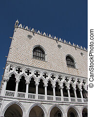 venice italy famous building