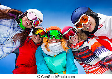 Five happy friends wearing goggles - Happy smiling friends...