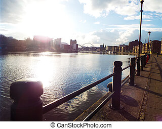 Newcastle Upon Tyne, Quayside - Picture of Newcastle...