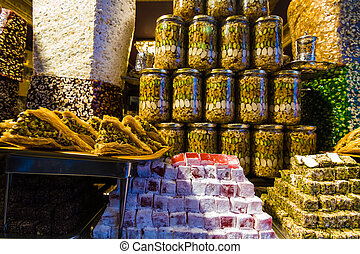 Turkish delight on sale at Kapalicarsi, Istanbul, Turkey -...