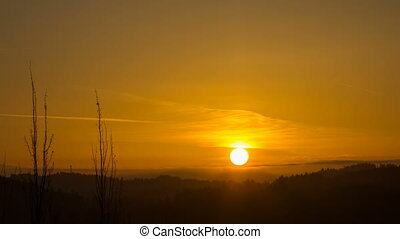 Sunrise over Oregon Cascade Range - Sun Rising over Oregon...
