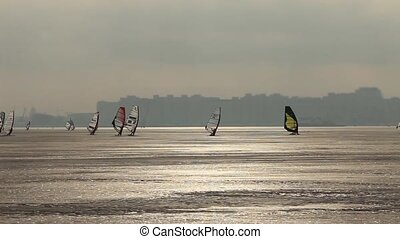 ice winter surfing - Ice racing   winter windsurfing