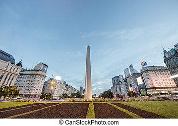 The Obelisk (El Obelisco) in Buenos Aires. - BUENOS AIRES,...