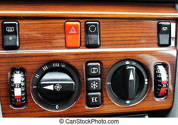 Old Mercedes climate control - A photo of Old Mercedes...