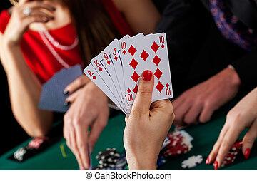 Poker game winner