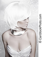 Winter Beauty Blond Woman. White Short Hair. Hairstyle....