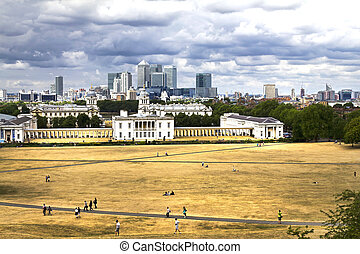 Greenwich - LONDON, AUGUST 1, 2010: A panoramic shot taken...