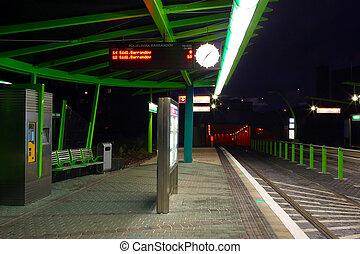 estación, noche