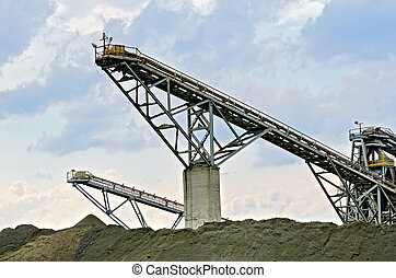 Stone crusher 1 - Equipment for the production of crushed...