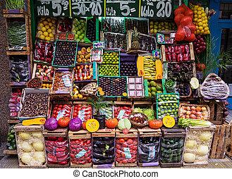 Argentine Fruit Market - fruit and vegetable market display...