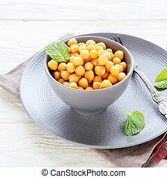golden chickpea side dish