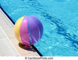 Beachball and swimmingpool