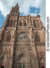 Strasbourg cathedral - Famous Notre Dame de Strasbourg,...