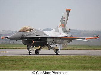 royal netherlands airforce f16 - rnlaf f16 taxing in raf...