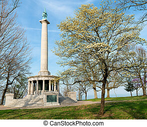 Monument to Civil War soldiers at Point Park on Lookout...