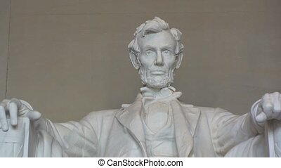 Close-up of Lincoln Memorial in Washington, D.C. – Zoom Out