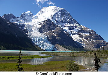 Mt Robson C - Mt Robson in the Canadian rockies