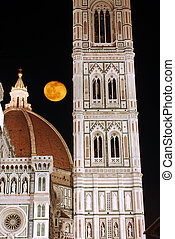 In Florence, on a night with a full moon - Florence - Tuscany - Italy 682