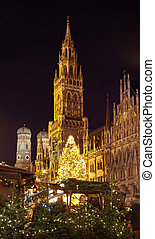 The christmas market on the Marienplatz in Munich, Germany