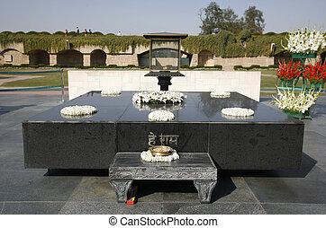rajgat - gandhi\'s memorial tomb stone in rajghat, delhi,...