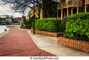 Waterfront homes in Fells Point, Baltimore, Maryland. -...
