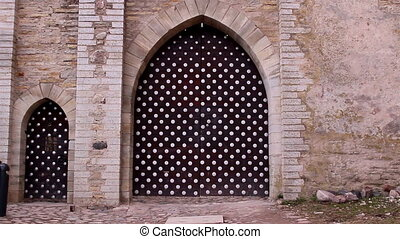 The polka dots gate of the old castle - The big polka dots...