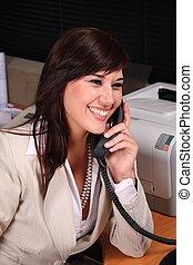 joli, brunette, secrétaire