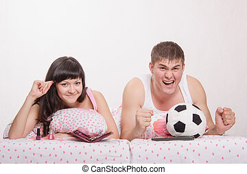 Man watches football fanatic wife goes crazy already - Young...
