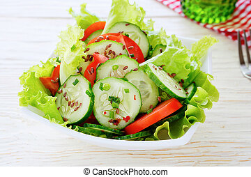 salad with tomatoes and cucmber