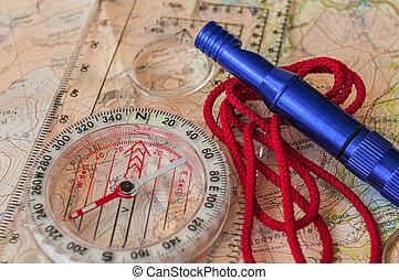 compasso, mapa, salvamento, apito
