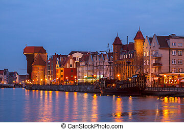 Motlawa river and old Gdansk at night - Motlawa river and...