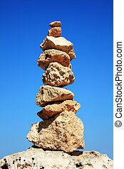 zen-like rocks - Balanced rocks in a zen-like arrangemen