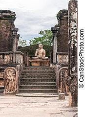 Ancient Buddhist stupa in Pollonnaruwa, Sri Lanka