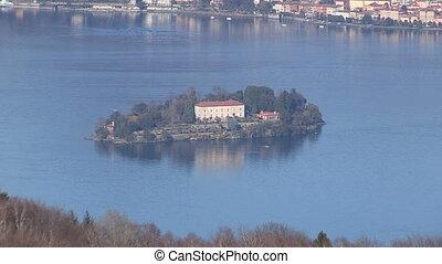 Island on Lake Maggiore - Island on lake Maggiore in Italy