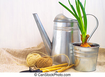 園藝, 上水, 工具, 罐頭