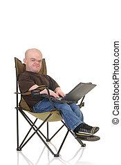 Enano, poco, hombre, computador portatil