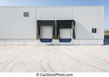 Loading bay for truck