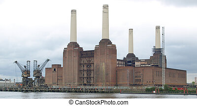 Battersea Powerstation, London - Battersea Power Station in...