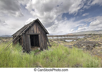 Old Abandoned Native American Fishing Shacks Along Columbia...