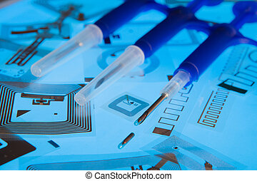 RFID implantation syringes and RFID - RFID implantation...