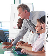 Business manager in a call centre - Senior business manager...