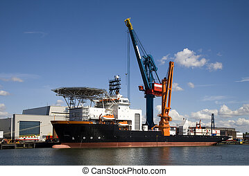 Support vessel - Multi purpose offshore support vessel in...
