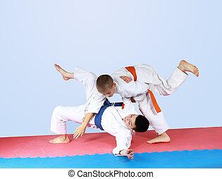 deportista, threw, niño, azul, cinturón
