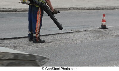 street worker tool clean - Street worker with high air...
